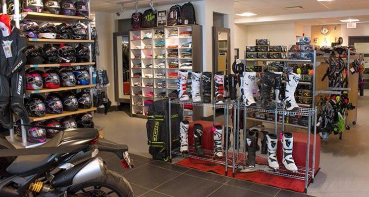 Boutique de vêtements et équipements